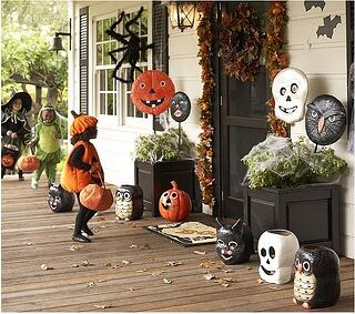 Halloween-porch_11.jpg