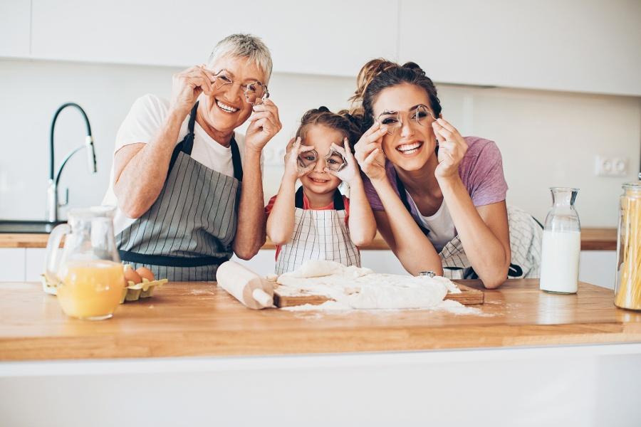 Having-fun-in-the-kitchen
