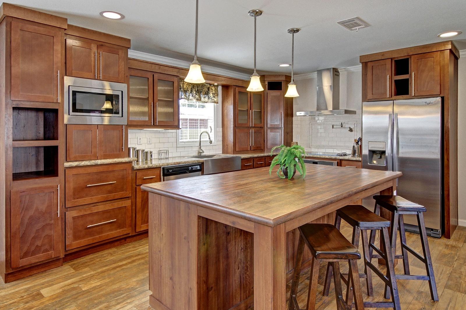 hillcrest-ultimate-kitchen2-1-1600x1067-2.jpg