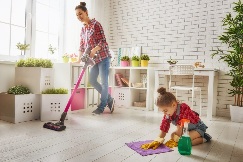 spring-cleaning-your-home-how-to-tips-1024x684