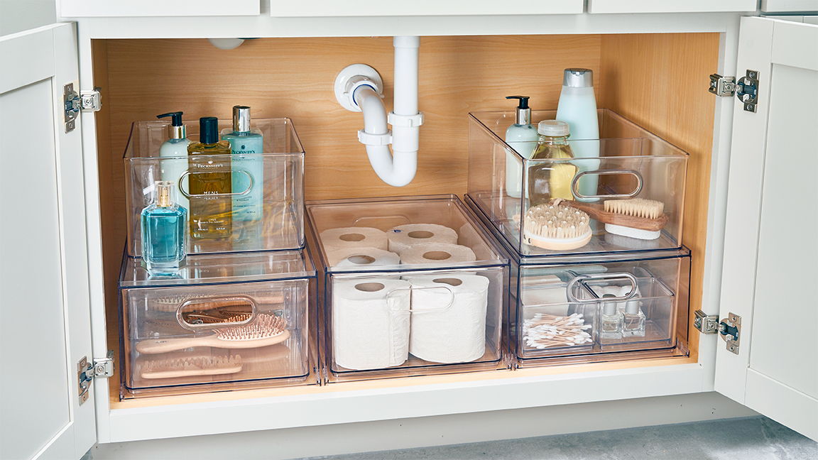 10 Small-Space Storage Hacks to Make the Most of Your Tiny Bathroom