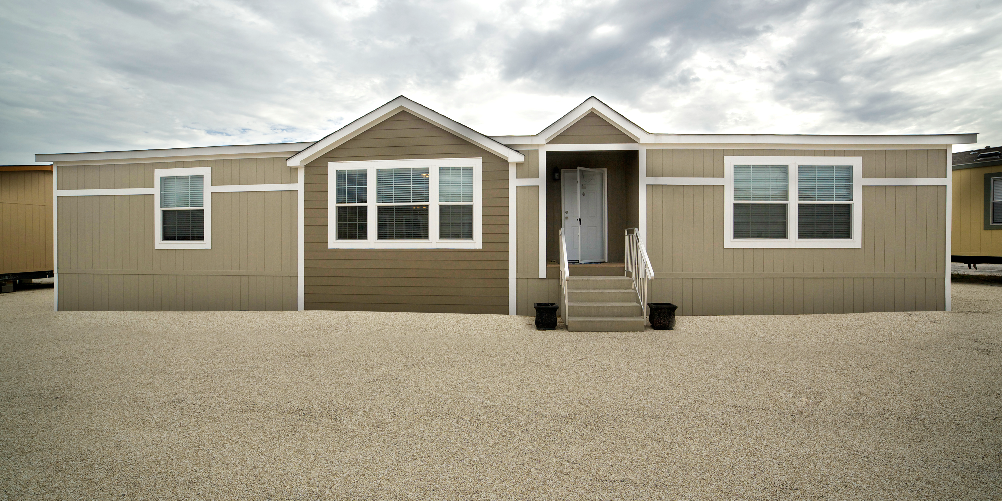 10 Tips for Maintaining Your Manufactured Home